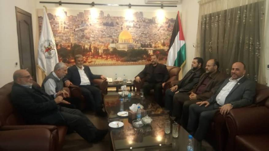 Meeting of Hamas and PIJ representatives in Lebanon: accompanying Saleh al-'Arouri (center) are senior Hamas figure Usama Hamdan; Ali Barake, a member of Hamas' bureau of Islamic and Arab relations and former Hamas representative in Lebanon; and Ahmed Abd al-Hadi, current Hamas representative in Lebanon. Next to Ziyad al-Nakhalah are Muhammad al-Hindi and Abu al-Sayid al-Minawi, members of the PIJ's political bureau (PIJ website, March 30, 2019).