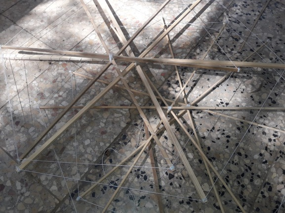 Frames for incendiary kites prepared by the Sons of al-Zouari Units in Rafah (Unit's Facebook page, April 28, 2019).