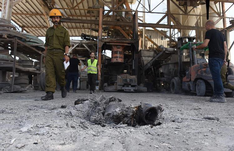 A rocket hit in a factory in Ashqelon (Palinfo Twitter account, May 5, 2019).