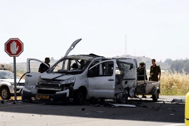 The Israeli vehicle hit by a Kornet anti-tank missile fired from the Gaza Strip (Shehab Facebook page, May 5, 2019).