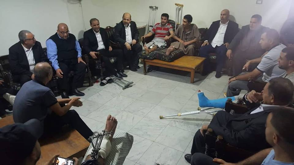 Delegation of senior Hamas officials in Cairo meeting with wounded of the return marches who are treated at the Filastin Hospital in Cairo. Attending from Hamas: Moussa Abu Marzouq, Hussam Badran, Zaher Jabarin, Salah al-Bardawil, and Zakariya Abu Muammar (Hamas's website, November 23, 2018)