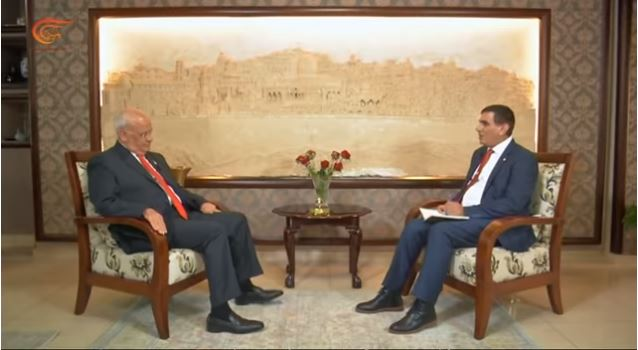 Saeb Erekat interviewed by al-Mayadeen TV correspondent Nasr al-Laham (al-Mayadeen TV website, May 25, 2019).