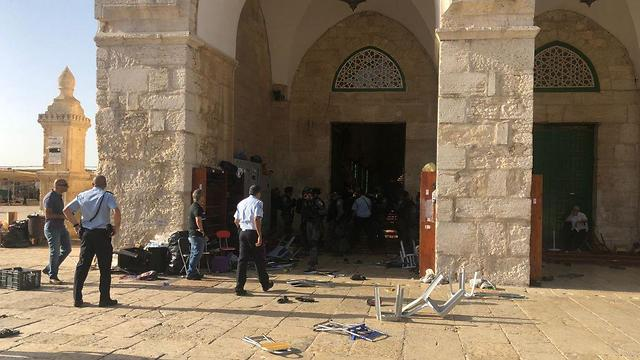 The scene of the riots on the Temple Mount after hundreds of rioters threw chairs and other objects at Israeli security forces (Israel Police Force, June 2, 2019).