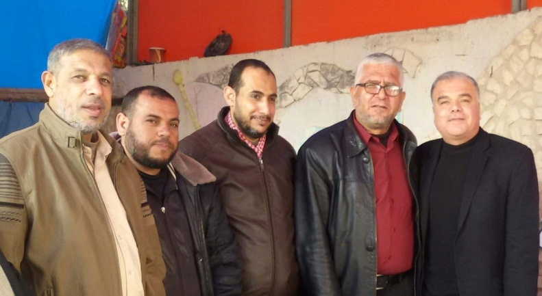 Jibril al-Soufi (center) stands next to PRC secretary general Abu Yasser al-Sheshniyah (second from right) (PRC in Rafah Facebook page, February 2, 2019).
