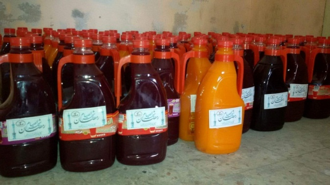 The distribution of packages of dates and bottles of fruit juice. All are marked with the PRC logo (PRC in Rafah Facebook page, May 16, 2019). It can be assumed that the Generosity Association was the source of both the dates and juice.