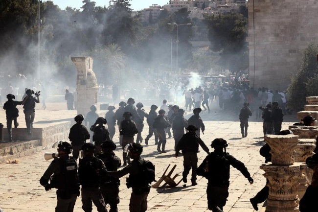 Clashes on the Temple Mount (QudsN Facebook page, August 11, 2019).