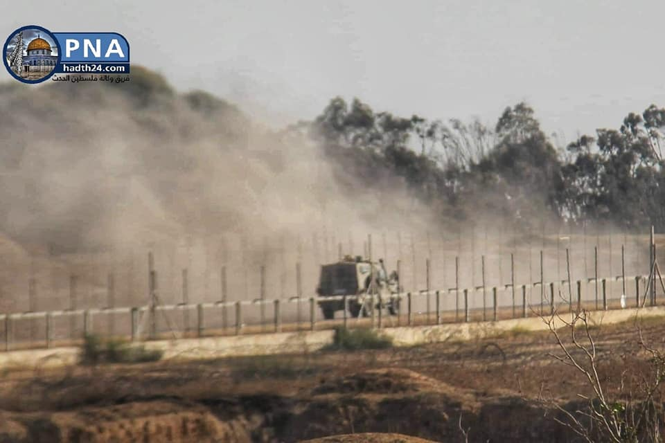 Palestinians attack an IDF jeep with firecrackers in the eastern part of the al-Bureij refugee camp (Facebook page of balhadath24, September 6, 2019).