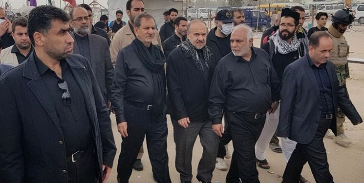 The visit of the Iraqi deputy president (fourth from the left) in Najaf (Fars, October 19, 2019)
