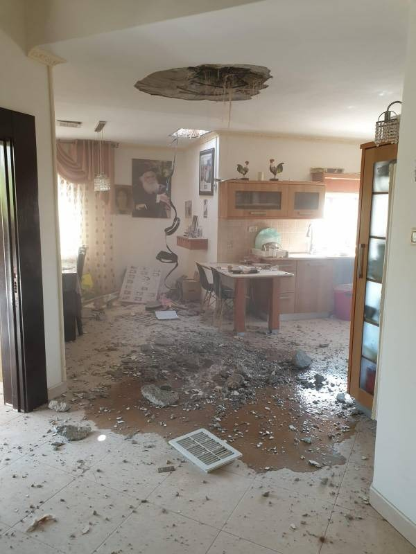 A house in the southern Israeli city of Netivot that took a direct rocket hit (Palinfo Twitter account, November 12, 2019).