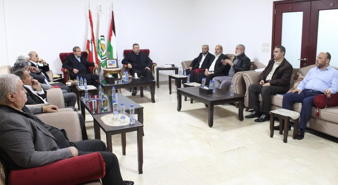 The delegation meets with representatives of the Palestinian organizations in Beirut (Hamas website, November 28, 2019).