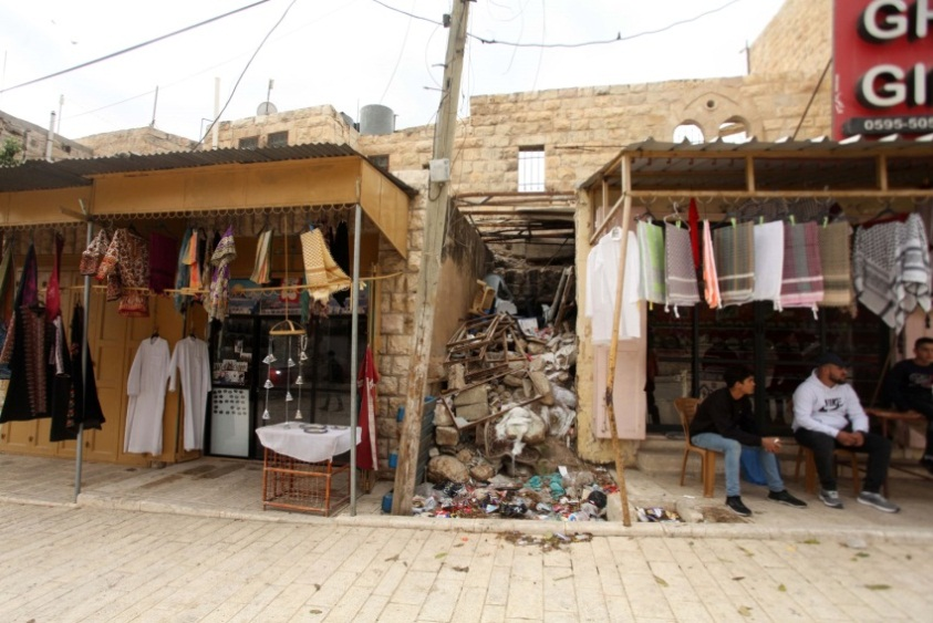 The region of the wholesale market in Hebron, allocated for Israeli construction (Wafa, December 2, 2019).