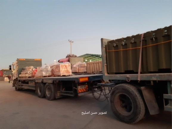 More equipment arrives through the Kerem Shalom Crossing for the American hospital (Twitter account of journalist Hassan Aslih, December 4, 2019).