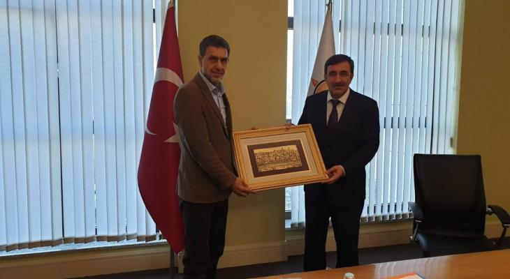 Jihad Yaghmour (left) described in the report as Hamas representative in Turkey, meeting with the deputy chairman for foreign relations for the Justice and Development Party (Sanad News website, November 14, 2019).