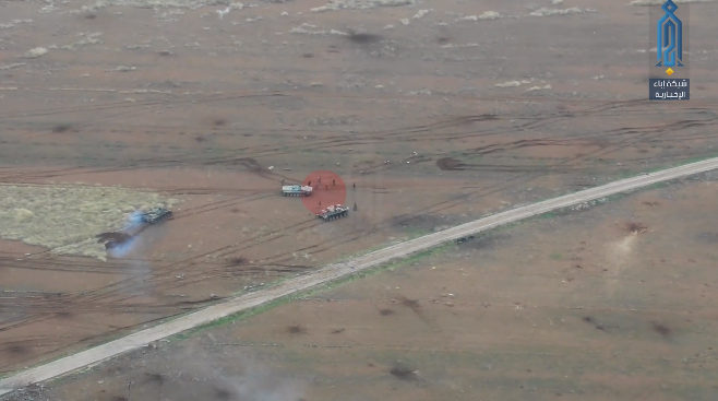 Syrian soldiers retreating after their counterattack was halted by the Headquarters for the Liberation of Al-Sham (Ibaa, from a video filmed from a drone, December 12, 2019)
