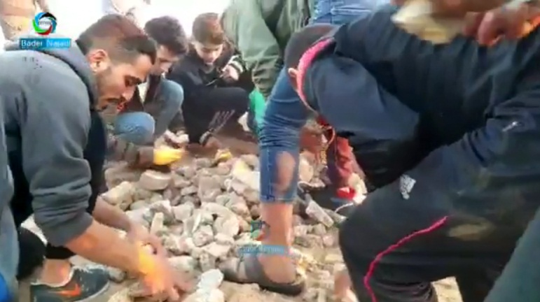 Palestinians unload stones for rioters to throw in eastern Rafah (Facebook page of journalist Bader al-Najadi, December 20, 2019).