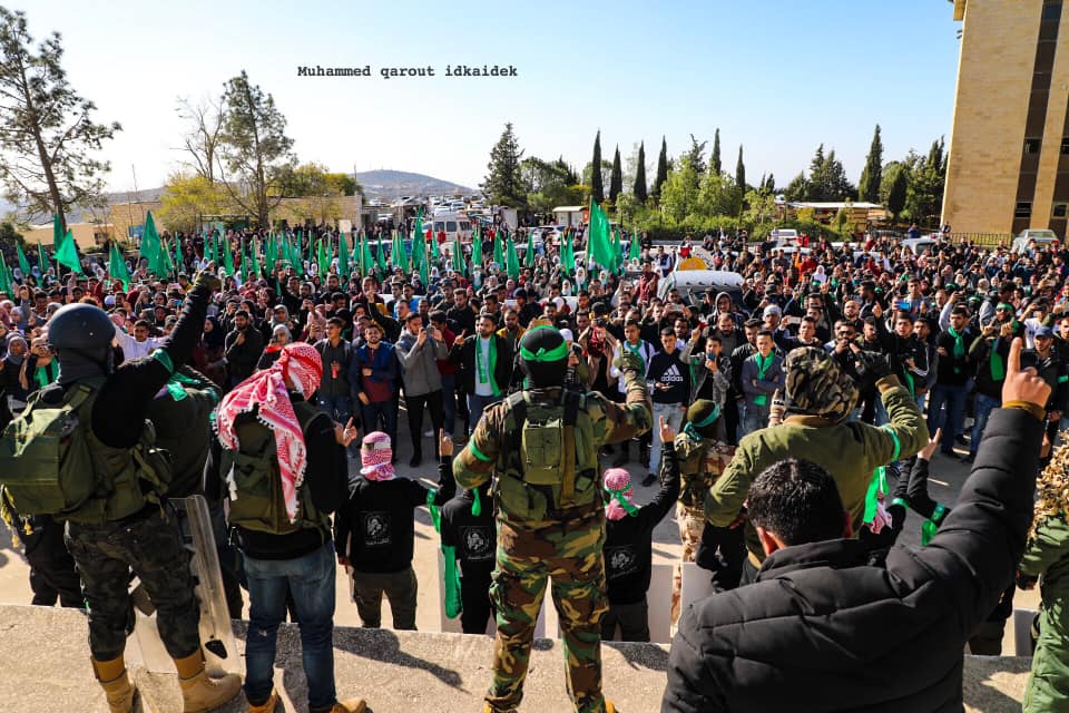 Masks, green headbands and flags of Hamas' Izz al-Din Qassam Brigades at events held by the Islamic bloc at Birzeit University to mark the anniversary of Hamas' founding (Facebook page of east Jerusalem photographer Muhammad Qarout, December 16, 2019).