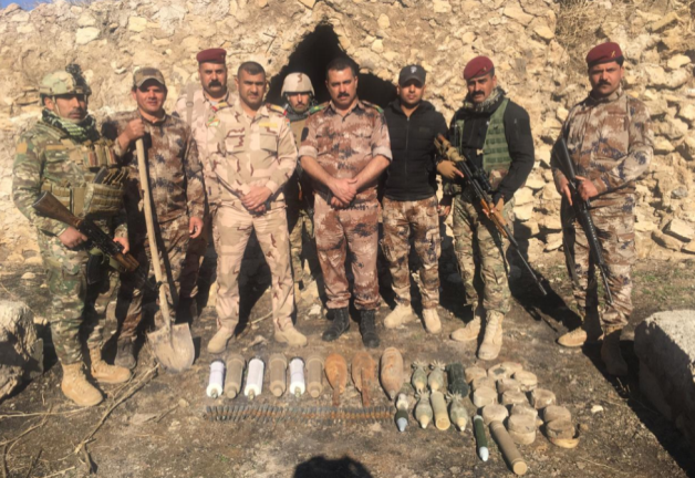 Iraqi soldiers next to IEDs and mortar shells found east of Mosul (Facebook account of the Iraqi Ministry of Defense, December 22, 2019)