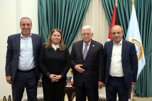 Mahmoud Abbas meets with Fadua al-Barghouti (Wafa, December 30, 2019)