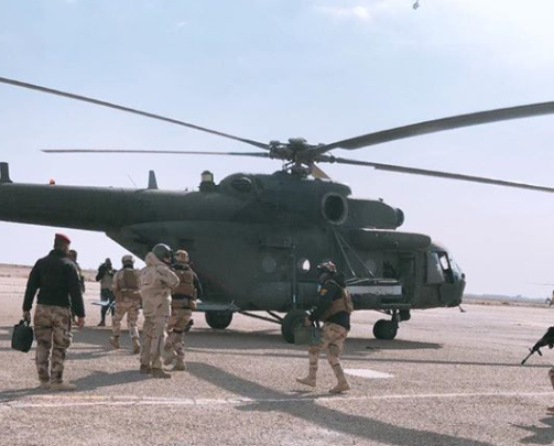 Iraqi Special Forces boarding a helicopter at the Habbaniyah airport to carry out security activity as part of the eighth phase of Operation The Will to Win (Facebook page of the Iraqi Prime Minister's Office, December 30, 2019)