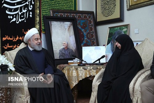 A condolence visit by President Hassan Rouhai to Soleimani's family home (ISNA, January 4, 2020).