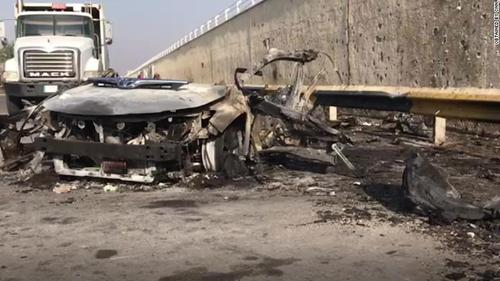 Qassem Soleimani's burned-out vehicle after the attack (Fararu, January 3, 2020).