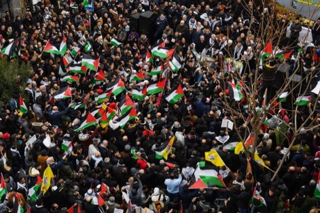 The rally in support of Mahmoud Abbas in the center of Ramallah.
