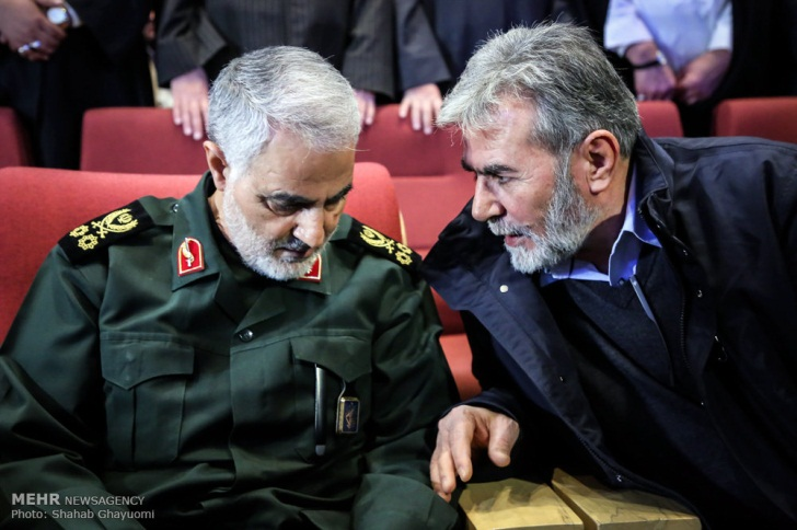 Ziyad al-Nakhalah (right) with Qassem Soleimani, commander of the IRGC's Qods Force, who was killed by the Americans in a targeted killing. The picture was taken at a ceremony held for the 10th anniversary of the killing of senior Hezbollah terrorist commander Imad Mughniyeh (Mehr News Agency, February 15, 2018).