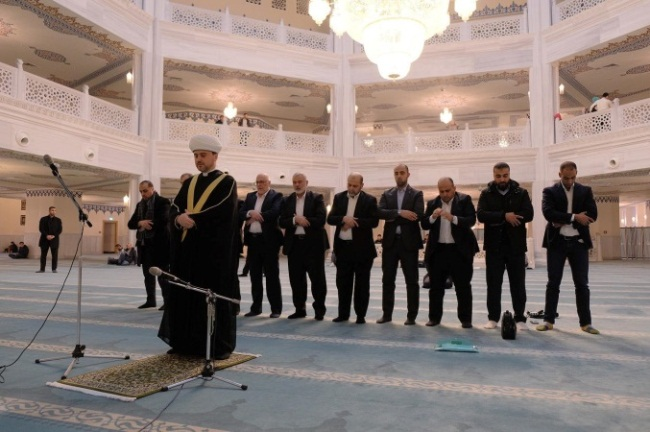 The Hamas delegation at the largest mosque in Moscow (Facebook page of the Russian Mufti Council, March 3, 2020).