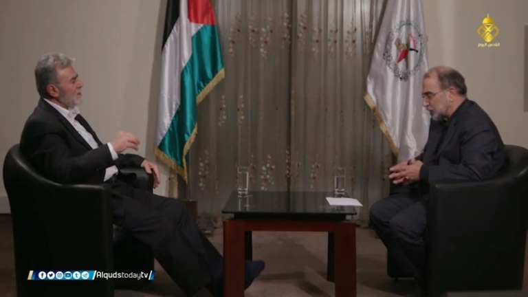 Ziyad al-Nakhalah (left) during the interview (Dunia al-Watan, February 29, 2020)