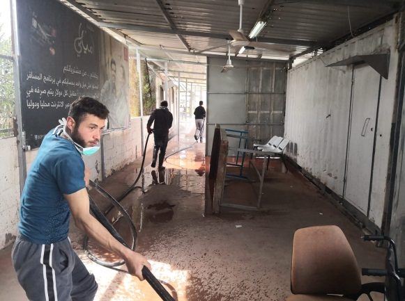 Disinfecting the Erez-Beit Hanoun crossing (Twitter account of the Russia Today correspondent in the Gaza Strip, March 9, 2020).