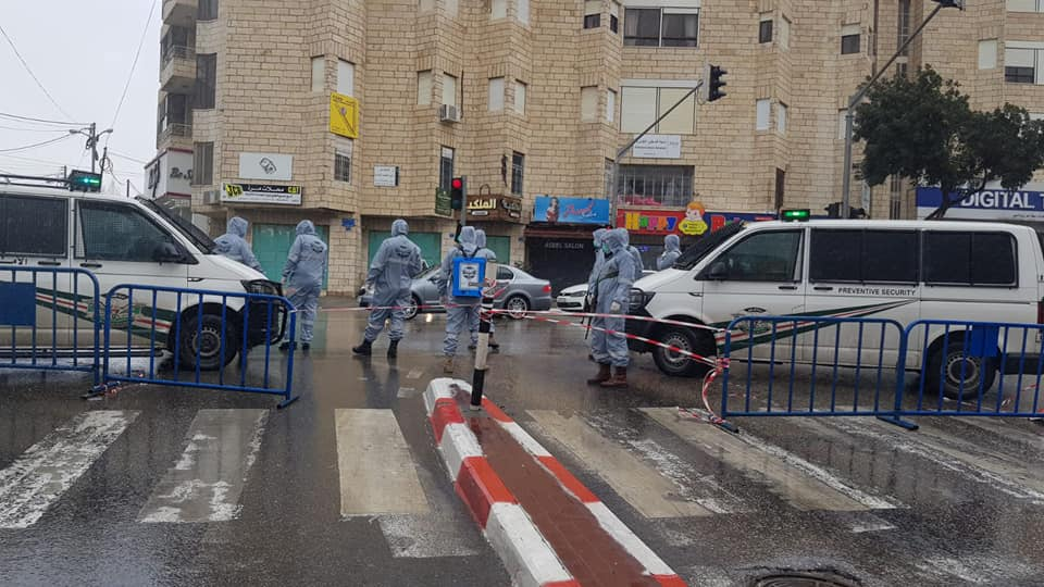 The Palestinian preventive security forces enforce the closure of Bethlehem (Facebook page of the Palestinian preventive security forces public relations unit, March 14, 2020).