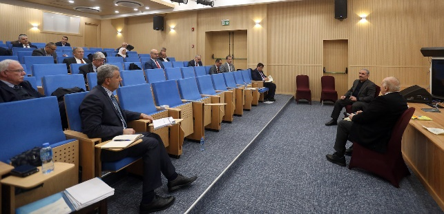 The Palestinian government meeting dealing with measures to prevent the spread of the coronavirus (Wafa, March 14, 2020).