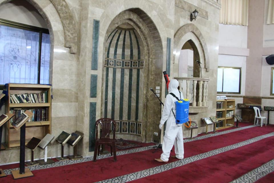 Sanitizing the al-Am'ari mosque in Gaza City, part of a Palestinian Islamic Jihad campaign to disinfect the mosques in the Gaza Strip (Facebook page of senior PIJ figure Khamis al-Hitham, March 12, 2020).