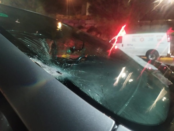 The scene of the shooting attack west of Ramallah (dafaa_news Twitter account, March 13, 2020).