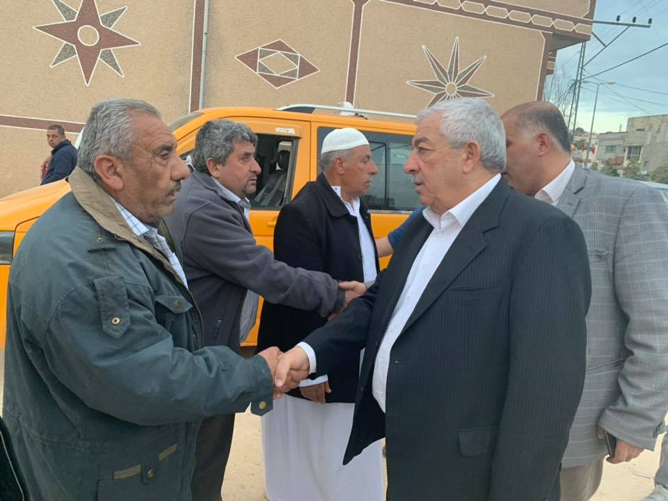 Mahmoud al-'Alul, deputy Fatah chairman, participates in the funeral held for Hamayl (official Fatah Twitter account, March 11, 2020).