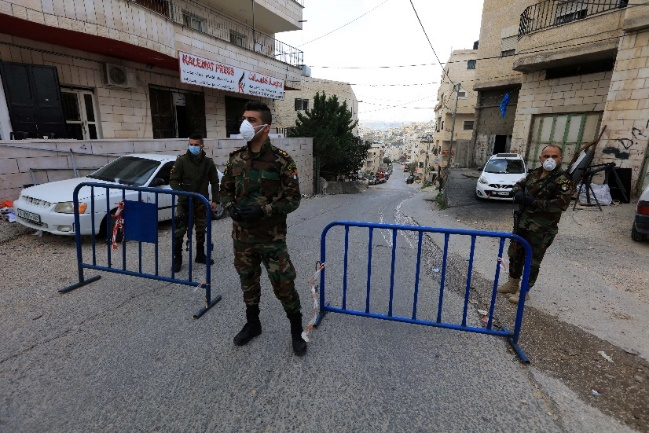 PA security forces impose a lockdown on the village of Artas, south of Bethlehem, where six cases of COVID-19 were detected.