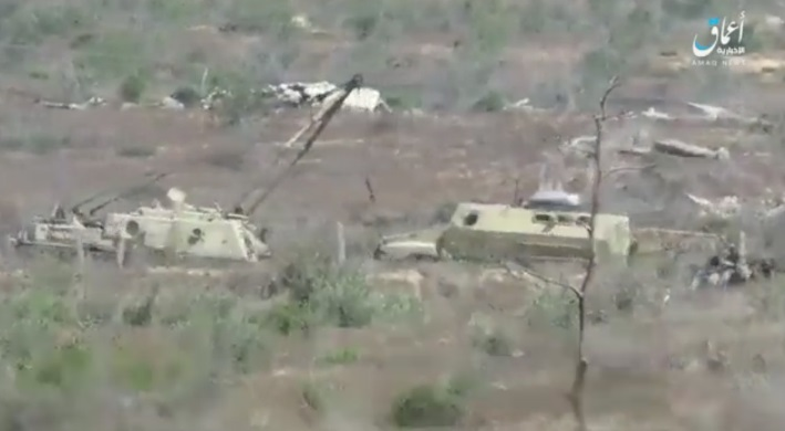 Vehicle towing the minesweeping vehicle damaged by the IED explosion (Telegram, March 31, 2020).
