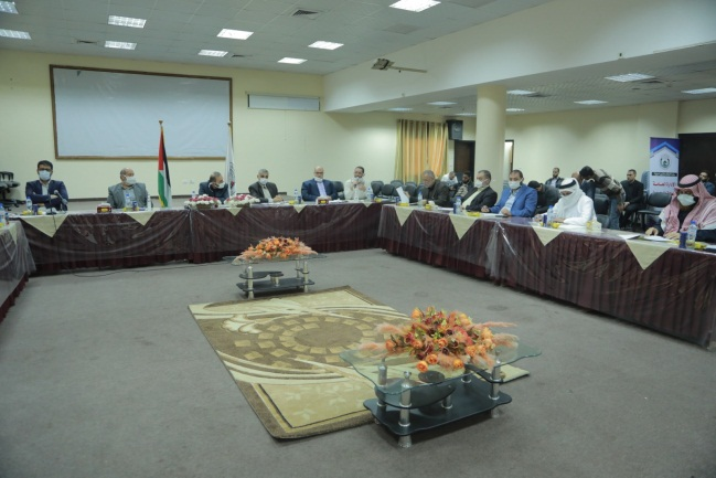 The council of religious sages and muftis meets in the Gaza Strip with the administrative emergency committee (website of the ministry of Muslim endowments in Gaza, April 20, 2020).