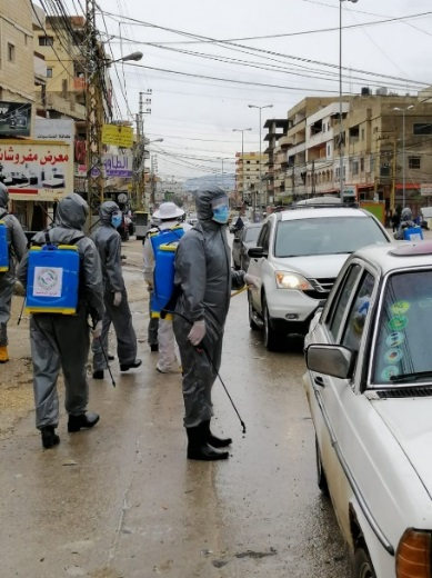 Disinfecting vehicles entering the Nahr al-Bared refugee camp, as part of a PIJ-led disinfection campaign in the camp (Al-Quds News Agency, March 20, 2020).