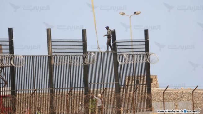 Working on the electronic fence (al-Araby al-Jadeed, April 25, 2020).