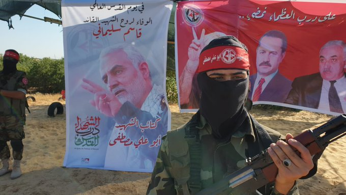 Picture (left) of Qassem Soleimani during exercises held to mark Global Jerusalem Day (Twitter account of Yunis al-Zatari, May 9, 2020).