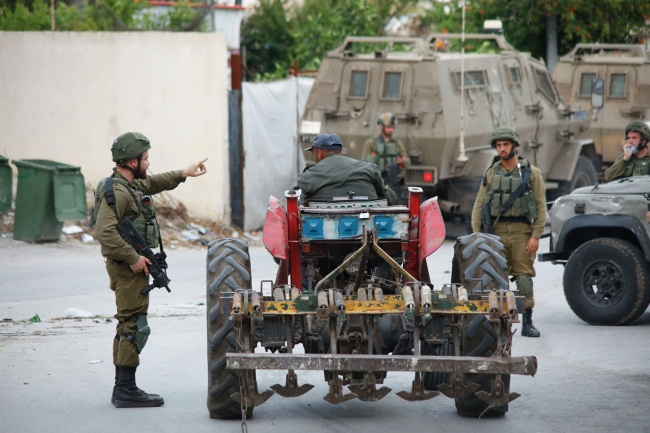 IDF activity in the village of Ya'bed (Wafa, May 13, 2020).