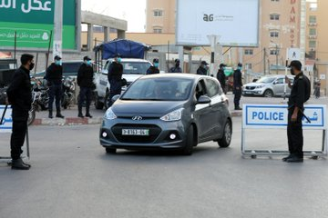 The police secure and supervise the implementation of the measures (Twitter account of the ministry of the interior in the Gaza Strip, May 24, 2020).