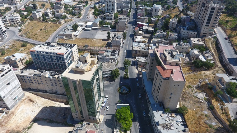 Aerial photo of the deserted streets of Hebron (Wafa News Agency, July 4, 2020)