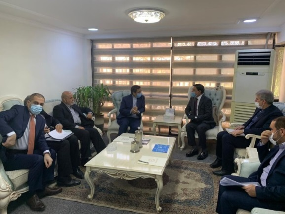 The meeting between the governors of the Iraqi and Iranian central banks (IRNA, June 17, 2020).
