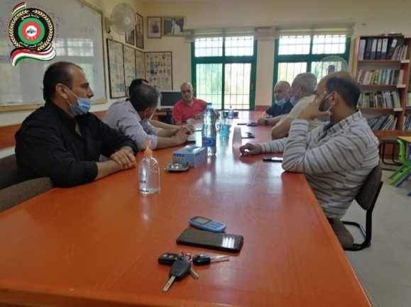 "The head of the Qatana local municipality meets with operatives of the Palestinian security services (""Friends of the Palestinian national security services – Jerusalem and the suburbs"" Facebook page, July 20, 2020)."