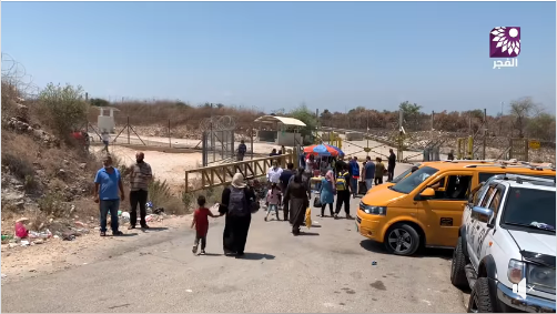 Palestinians leave the PA territories through a breach in the security fence near Far'un, south of Tulkarm, to look for places of entertainment in Israel (Facebook page of Fajertv, August 7, 2020).