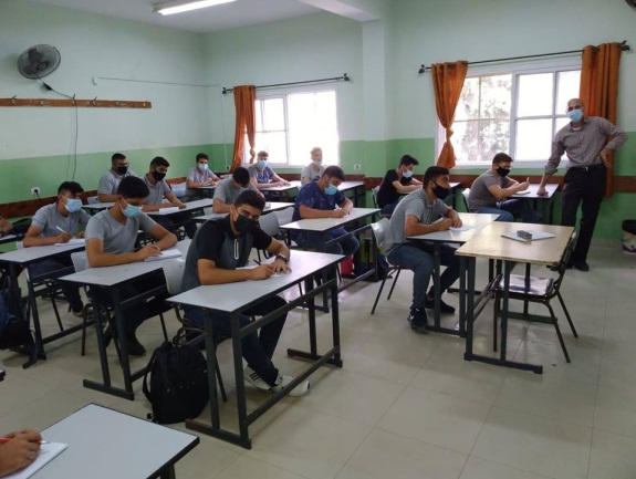 First day of school in a Tulkarm district high school Facebook page of Fajertv, August 8, 2020).
