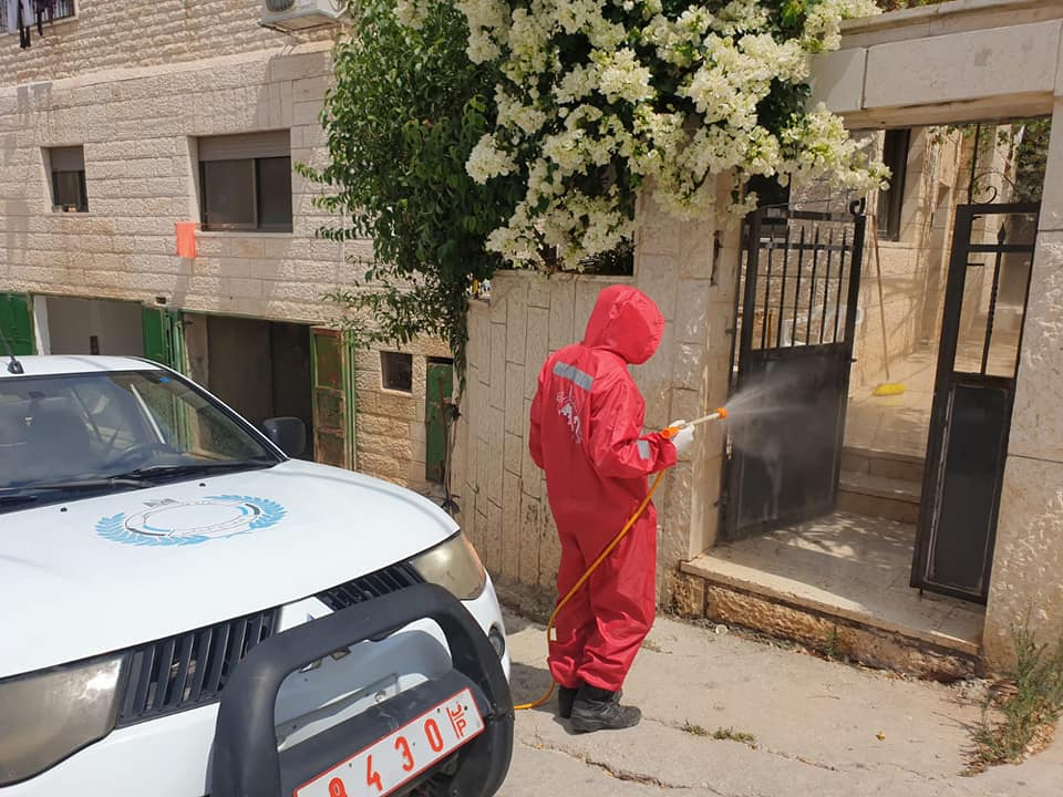Disinfection campaign in the village of Nahalin (Facebook page of the Palestinian Civil Defense, August 12, 2020).