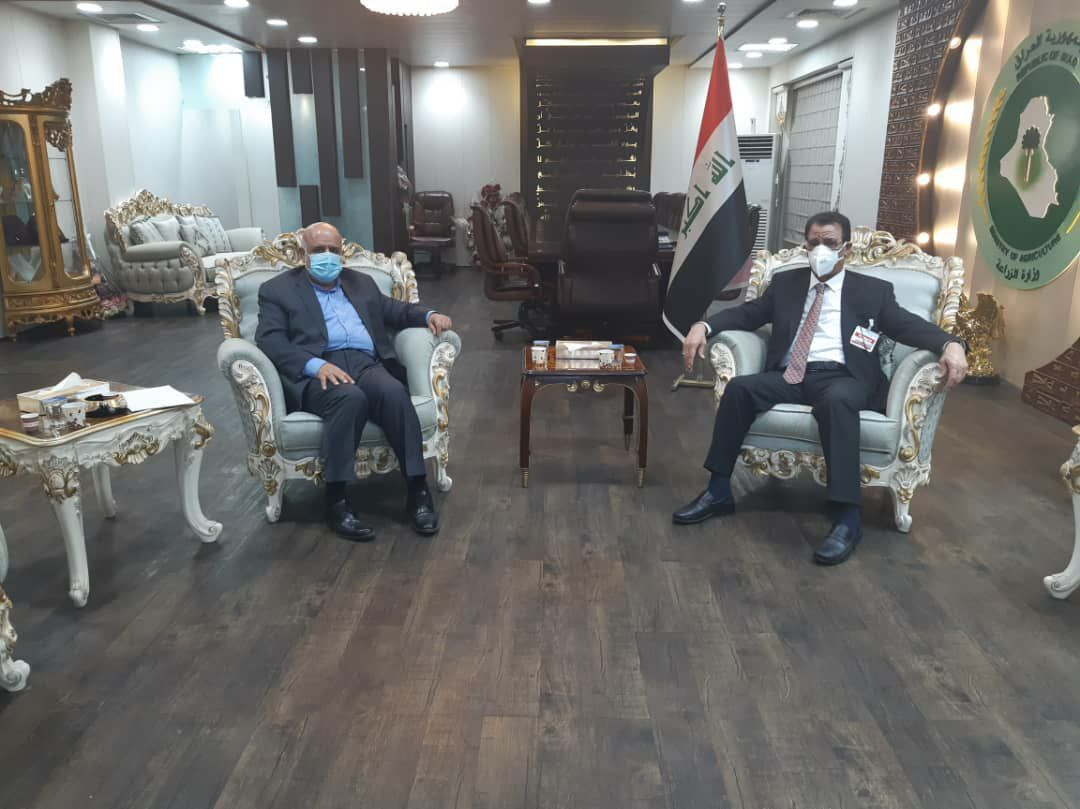 The meeting between the Iranian ambassador to Baghdad with the Iraqi minister of agriculture (IRNA, August 12, 2020).